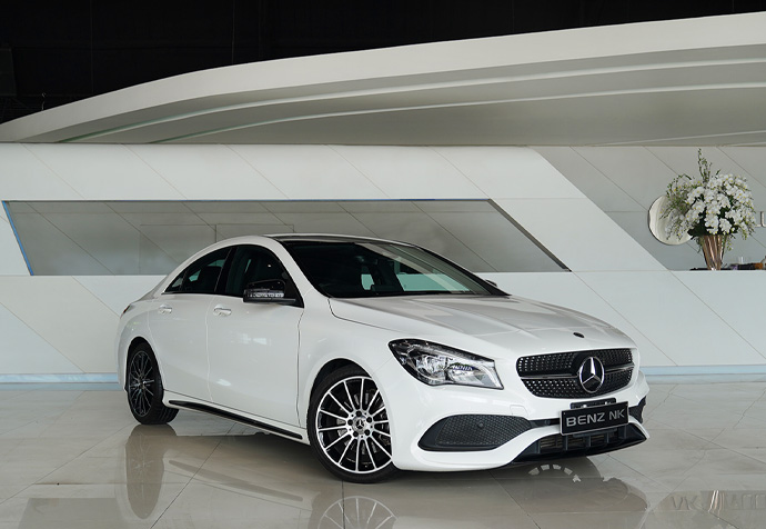 CLA250 AMG White Art Edition